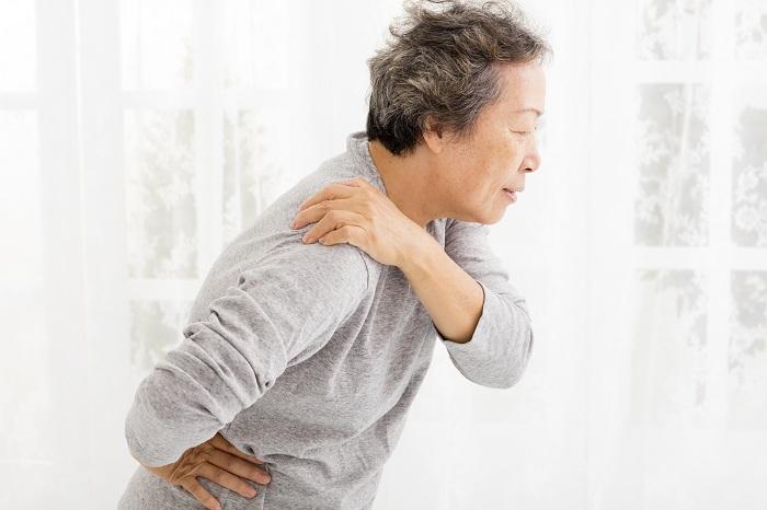 Đau nhức xương khớp có nên dùng thuốc giảm đau