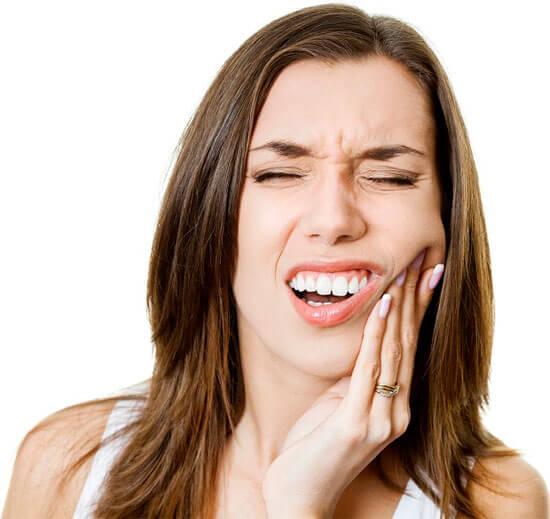 Cách điều trị bệnh ê buốt chân răng bằng thảo dược Thanh Mộc Hương